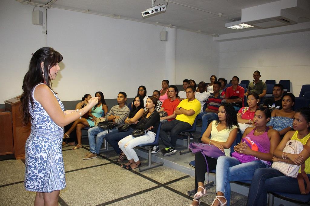 Facultad de Ciencias Contables y Administrativas realizó charla sobre prácticas voluntarias