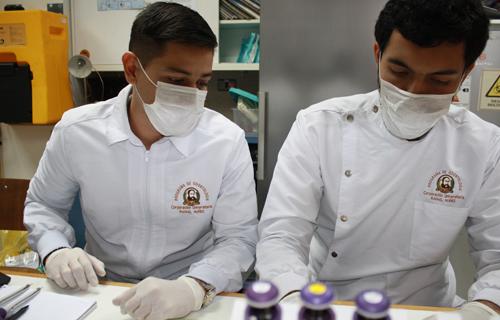 Estudiantes de Programa de Odontología realizan tesis binacional en Chile