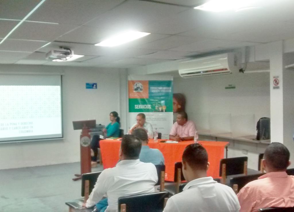 Conferencia en la CURN campus barranquilla sobre: La ejecución de la pena, el derecho penitenciario y carcelario en Colombia.
