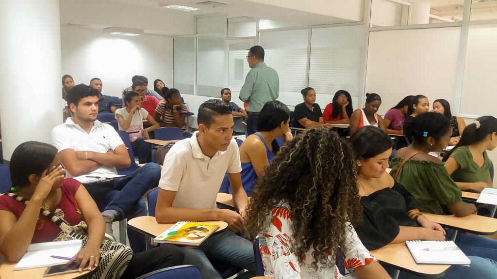 Estudiantes de Derecho campus Cartagena se capacitan para las Pruebas Saber Pro