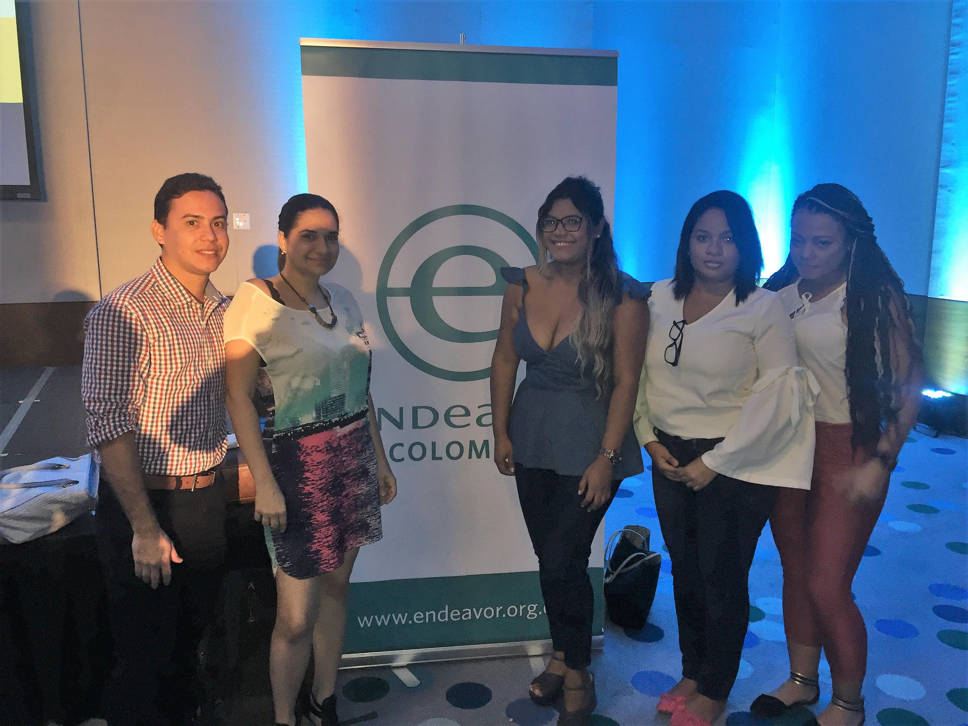 Estudiantes Uninúñez en el Inspire Talks Cartagena