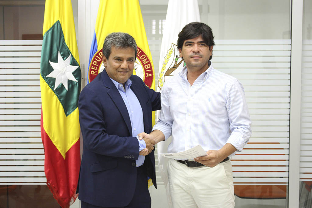 Firmamos convenio de cooperación con la Universidad Metropolitana de Ecuador