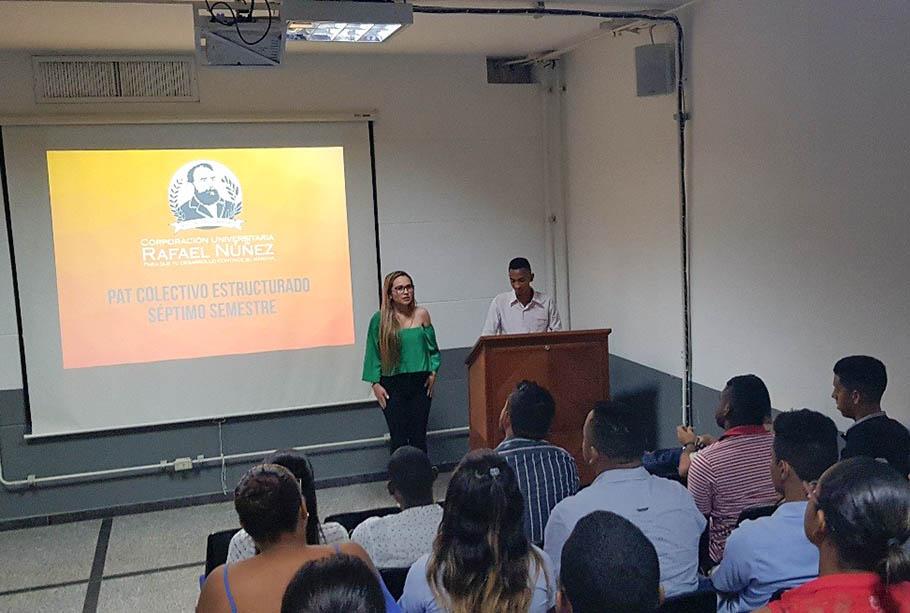 Estudiantes de Derecho socializan resultados finales del PAT Estructurado