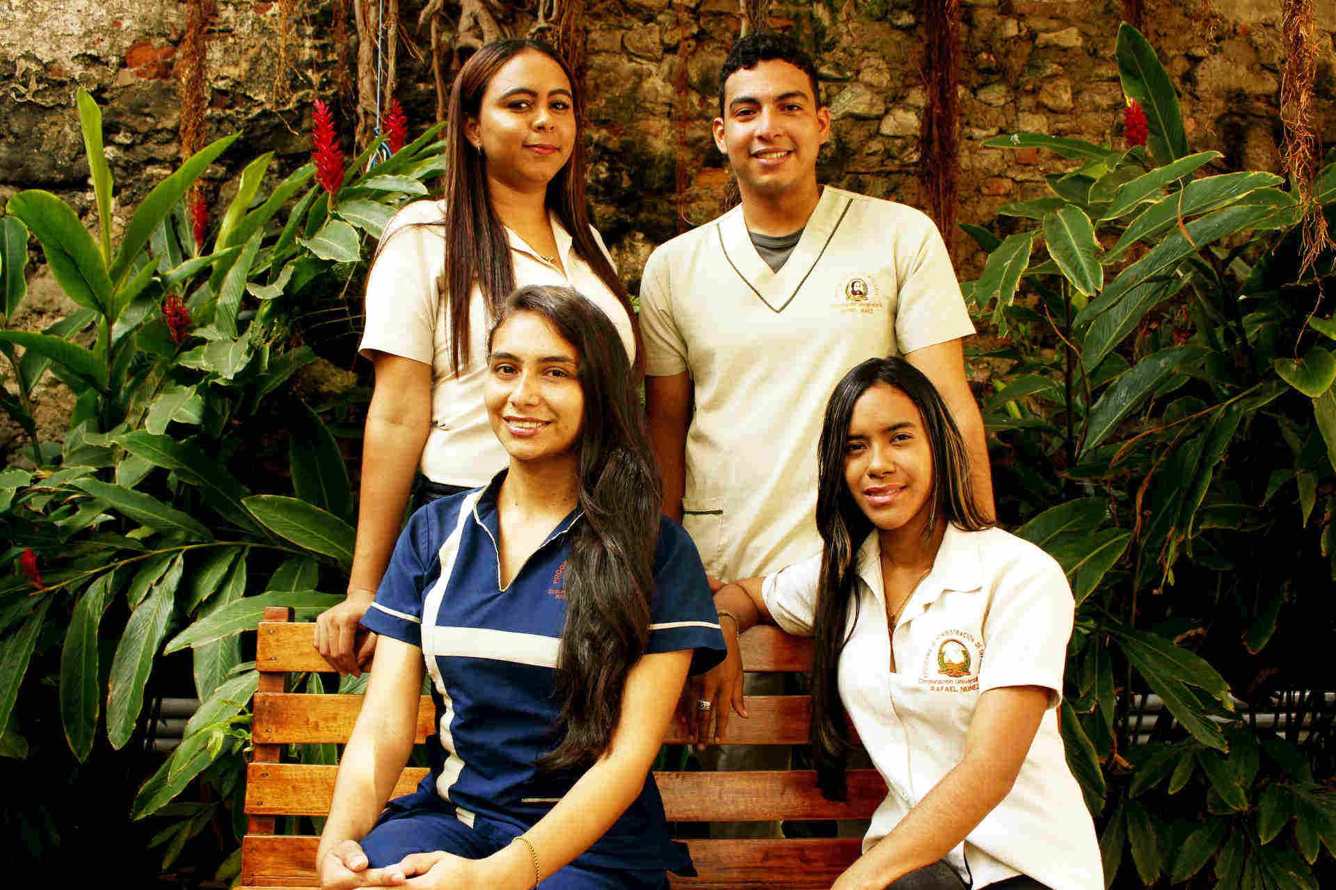 Estudiantes Beca Delfín 2018