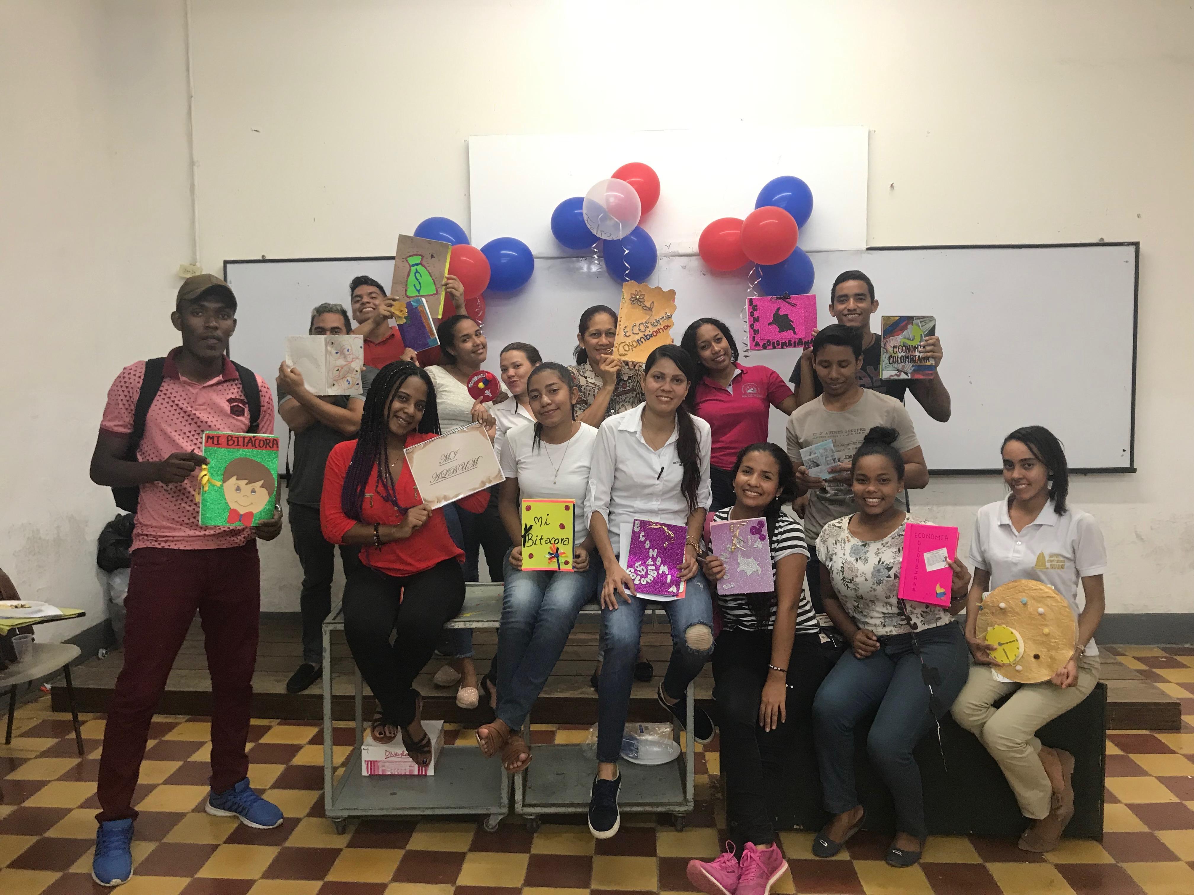 Con creatividad, estudiantes de Contaduría Pública cierran semestre