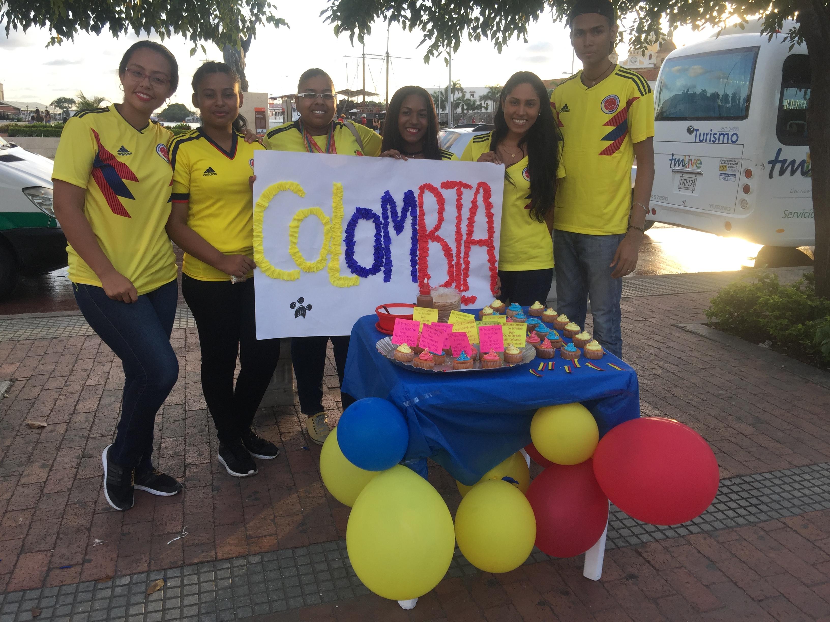 Estudiantes del programa de Contaduría Pública en su primera experiencia práctica de emprendimiento personal