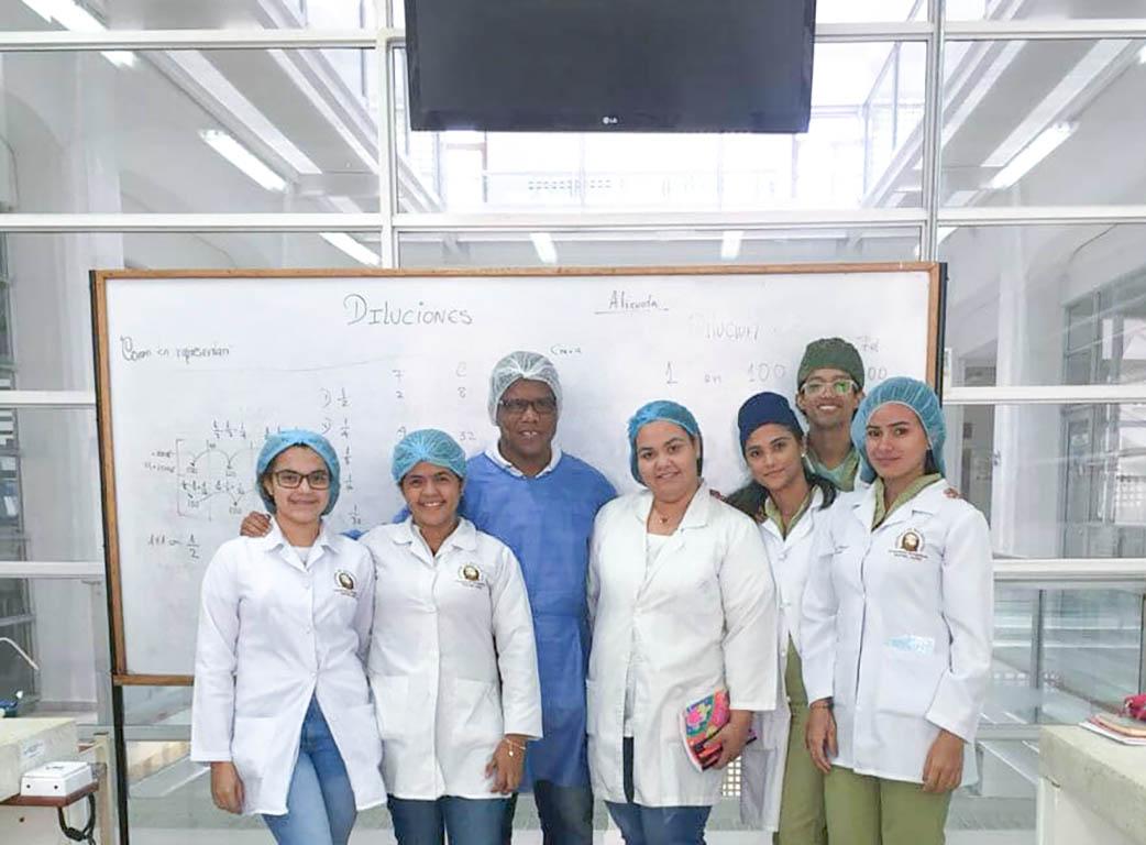 Diluciones: Taller para estudiantes en prácticas de Bacteriología