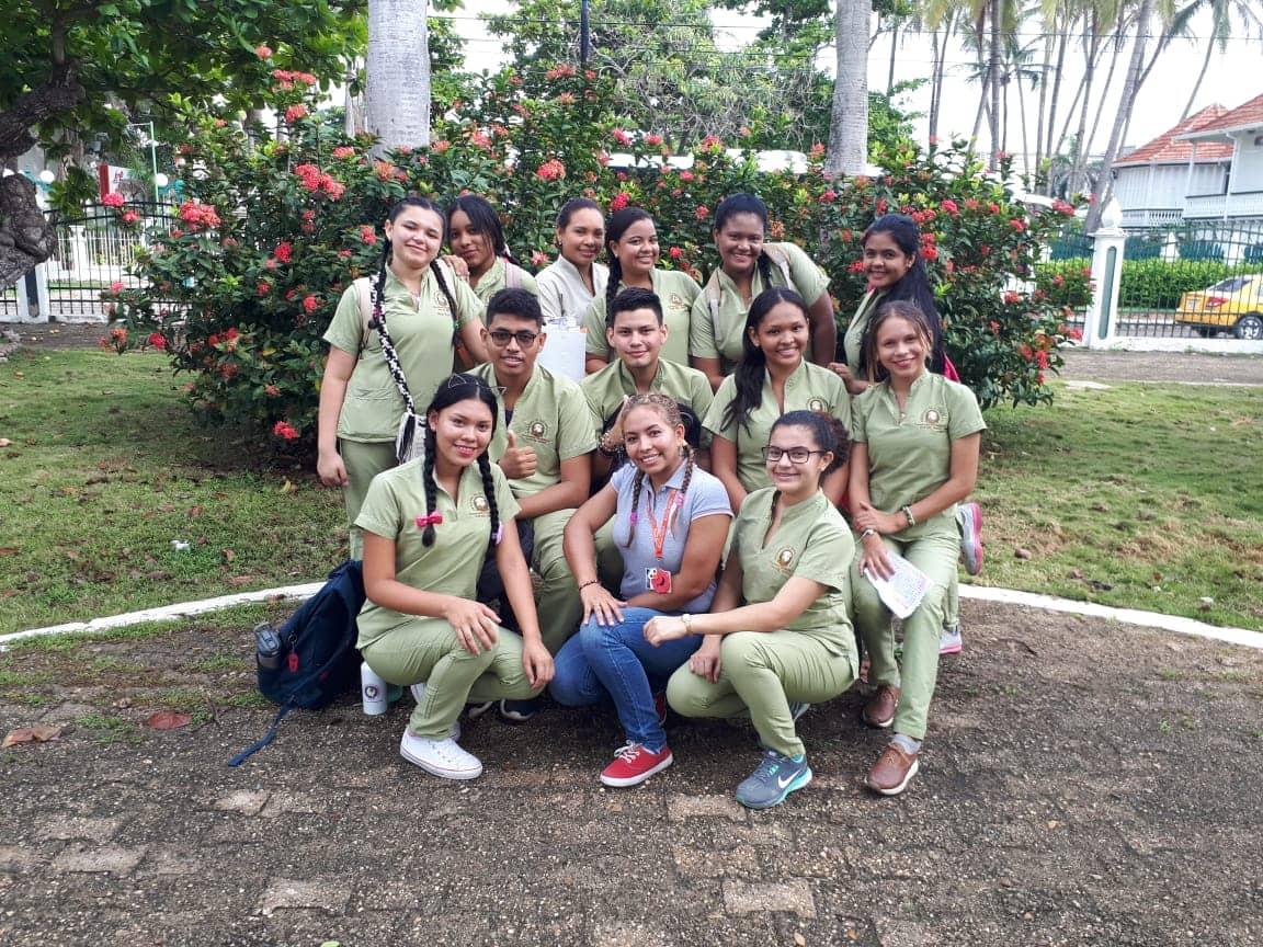 La CURN y Fundación Serena del Mar se unieron para hablarle de cuidados de la salud a la población de Manzanillo del Mar