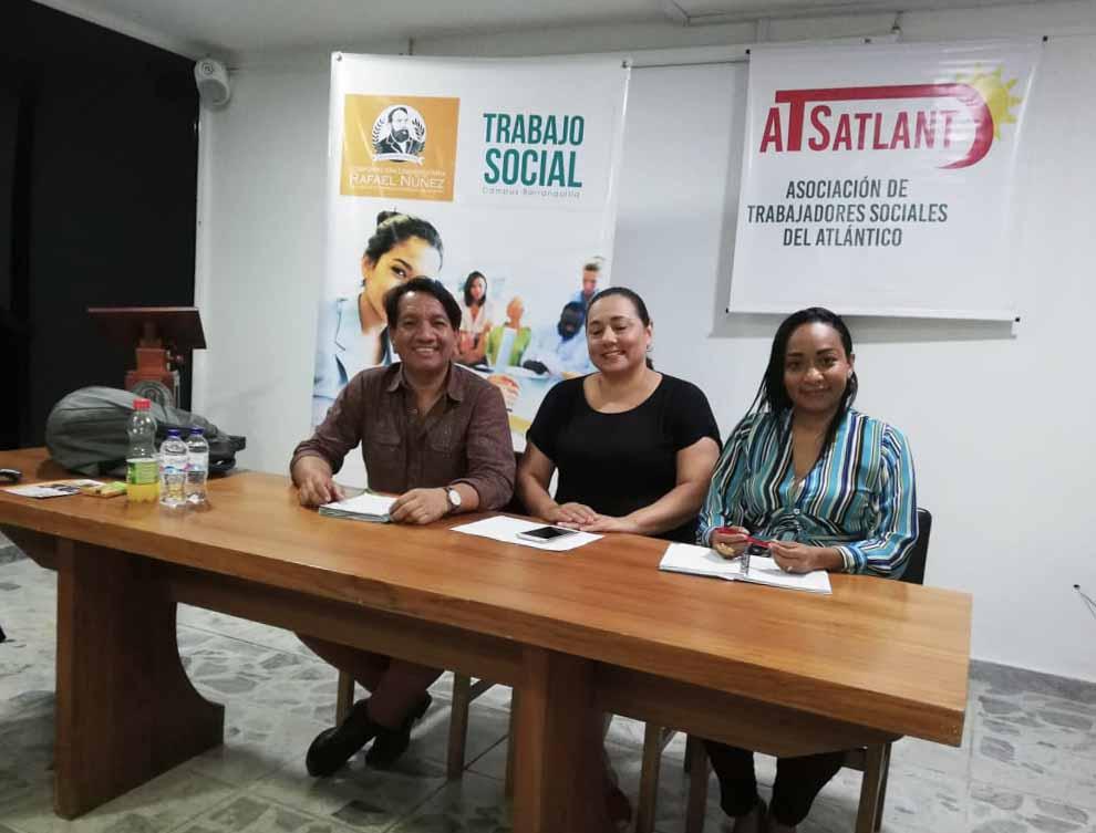 Docentes del programa de Trabajo Social en Barranquilla miembros de la Junta Directiva de ATSATLANT