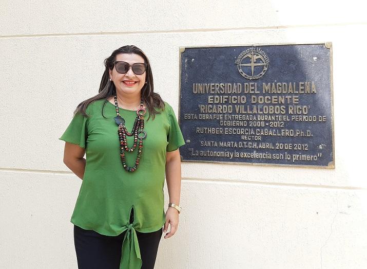 Docentedelprograma de Licenciatura en Educación Infantil culminapasantía en la Universidad del Magdalena