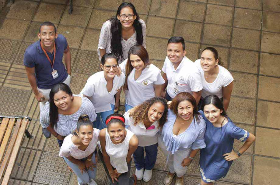 Estudiantes de la Núñez se internacionalizan con el Programa Delfín
