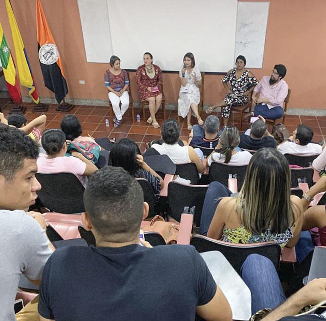 Docente del programa de Contaduría participa en conversatorio sobre Género y Ciudadanía en Cartagena.