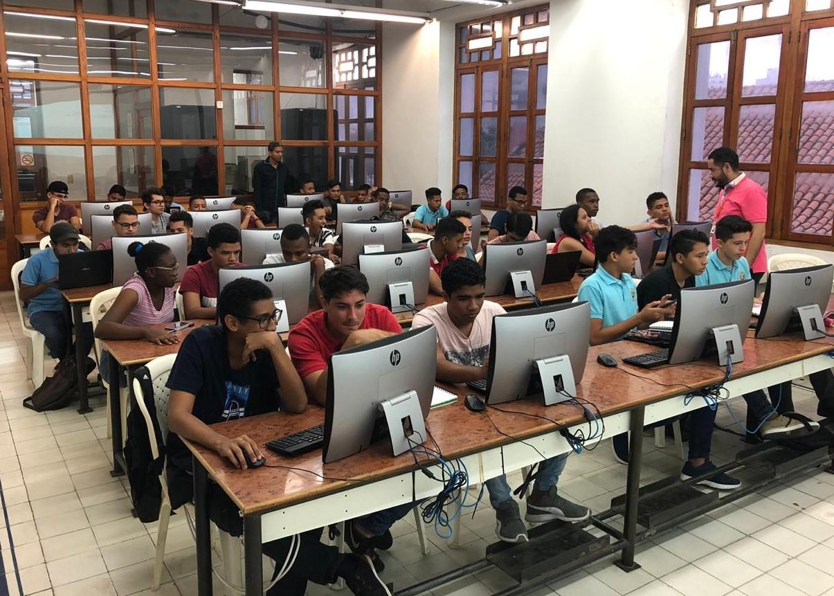 V Maratón de Programación y Redes