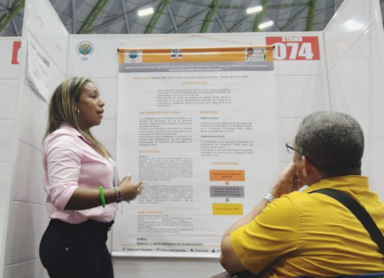 Egresada de Licenciatura ponente en Encuentro Nacional e Internacional de Semilleros de Investigación RedCOLSI