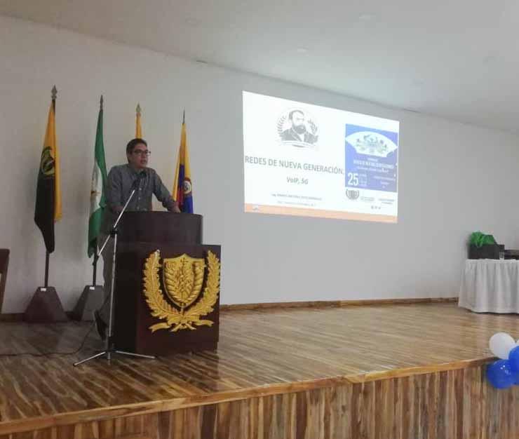 Facultad de Ingeniería participa en el Seminario de Redes de la UdeC