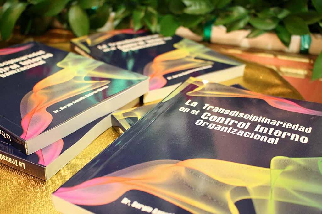 Desde la CURN se realiza el lanzamiento del libro del docente investigador Sergio Suárez