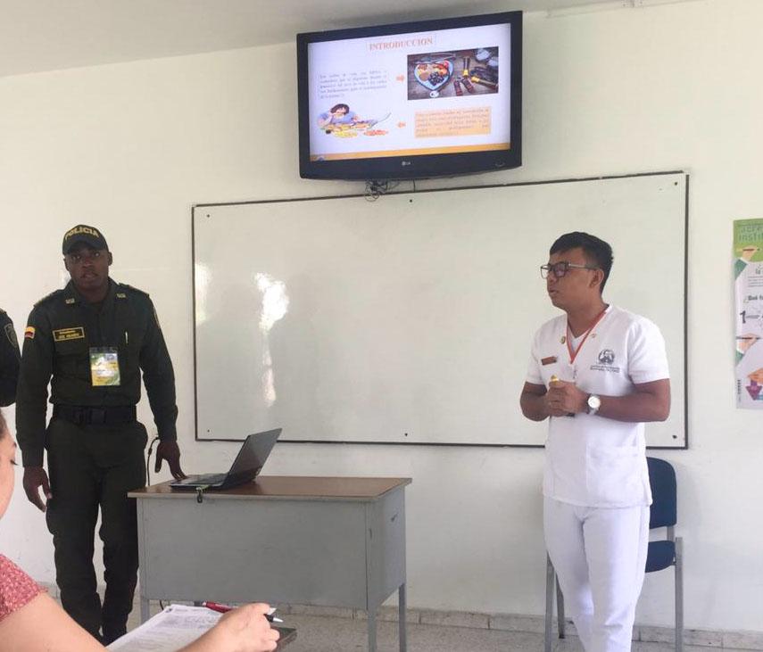 Estudiante de Enfermería presenta ponencia en el IV Encuentro de Pasantías de Investigación Delfín