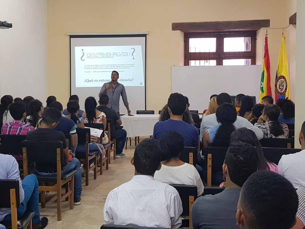 Investigar en Derecho: Jornada de capacitación a docentes y estudiantes semilleristas