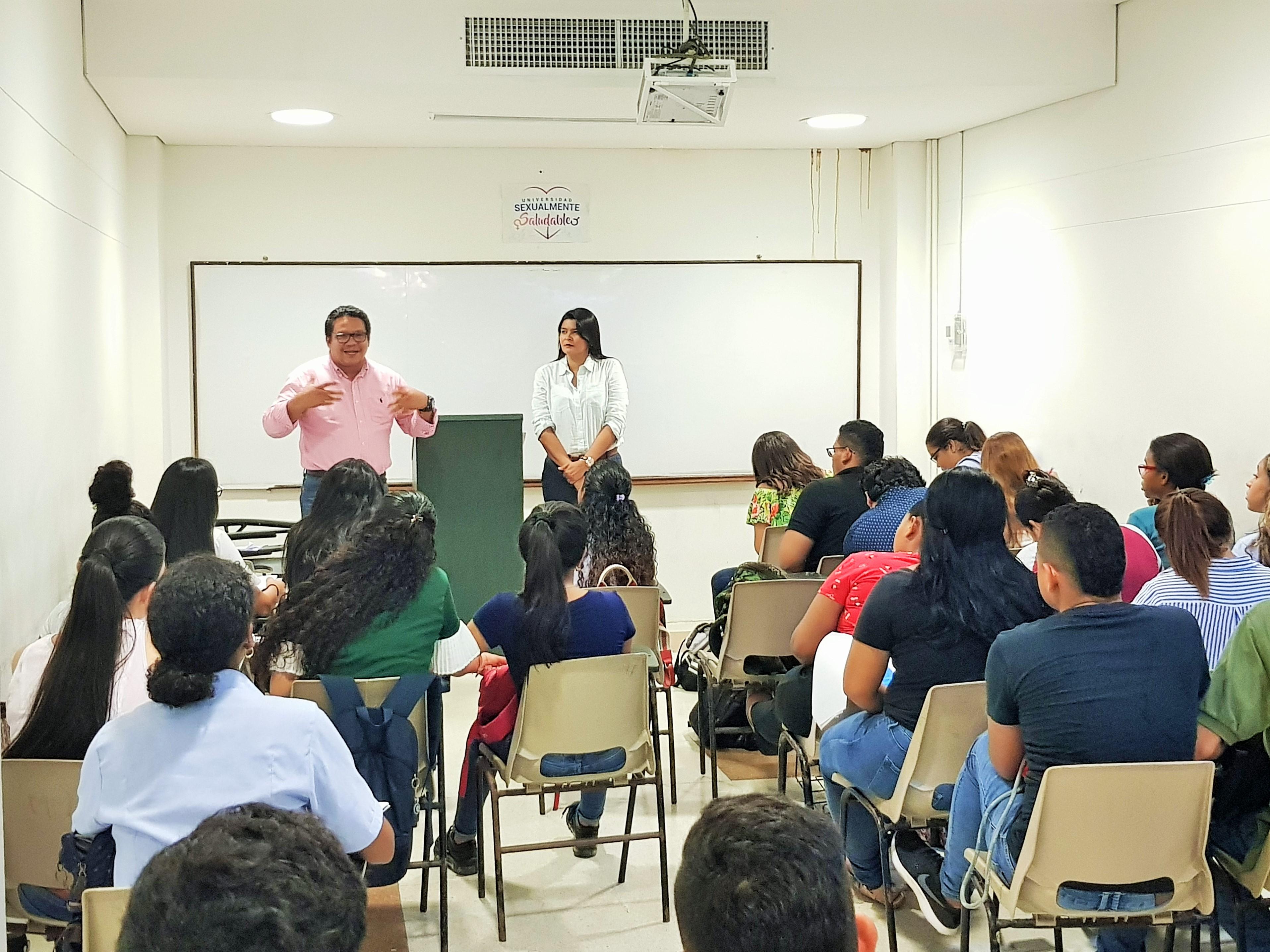 Con éxito continúa la ejecución del Plan lector PAT colectivo, del programa de Derecho - Cartagena