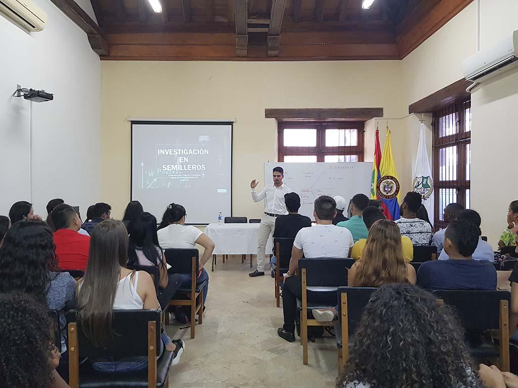 Inician los ciclos de capacitación a semilleros de investigación del programa Derecho en Cartagena
